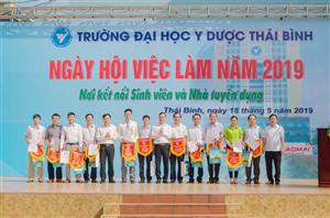 Hội Sinh viên Trường Đại học Y Dược Thái Bình tổ chức thành công Ngày hội việc làm năm 2019