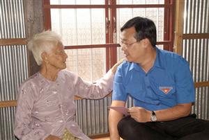Đồng chí Lê Quốc Phong thăm và chúc Tết tại An Giang