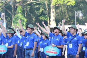 Gần 10.000 thanh niên tình nguyện Đắk Lắk tham gia chiến dịch Mùa hè xanh năm 2018
