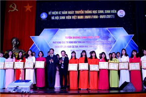 """Hà Nội tuyên dương 267 """"Sinh viên 5 tốt"""" cấp Thành phố"""