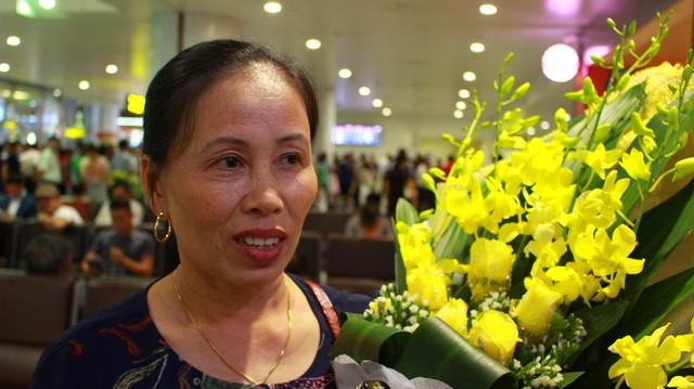 Thương mẹ, chàng trai Quảng Bình quyết tâm học tập thành tài. Trong ảnh, bà Trần Thị Vy Hạnh (mẹ Quỳnh).