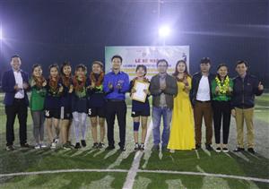 ĐH Hà Tĩnh: Sôi nổi các hoạt động thể thao chào mừng ngày 9/1