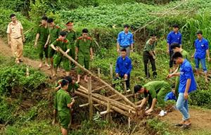 Đoàn TN Công an tỉnh Hòa Bình sôi nổi hưởng ứng chiến dịch Hành quân xanh