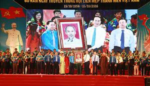 Mít tinh trọng thể chào mừng kỷ niệm 60 năm Ngày truyền thống Hội LHTN Việt Nam (15/10/1956 - 15/10/2016)