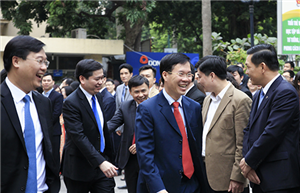 Lãnh đạo Ban Dân vận Trung ương, Ban Tuyên giáo Trung ương chúc Tết Trung ương Đoàn TNCS Hồ Chí Minh.