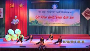 Sôi nổi chương trình Tự hào sinh viên Sơn La