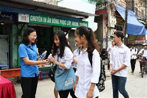 Gần 500 Thanh niên tình nguyện Bắc Ninh tham gia chiến dịch Tiếp sức mùa thi