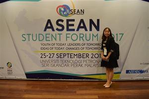 Cô bạn sinh viên ĐH Tân Trào: bé hạt tiêu, giỏi ngoại ngữ