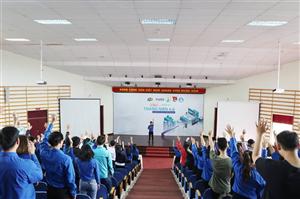 """Diễn đàn với sinh viên """"xTour – Thanh niên 4.0"""" tại trường Đại học Đà Lạt"""