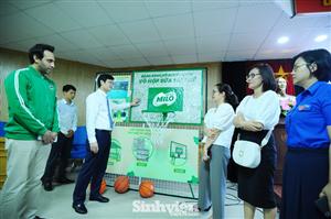 """Nestle Việt Nam hỗ trợ hàng ngàn phần quà cho các sinh viên tham gia """"Tiếp sức mùa thi"""""""