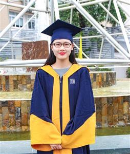 Nữ sinh xinh đẹp trở thành Thủ khoa ở trường đại học có 95% là nam giới