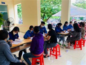 Quảng Ninh: Gần 1.000 thanh niên tình nguyện hỗ trợ tiêm Vắc xin phòng Covid-19