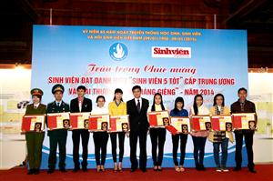 Gặp mặt chúc mừng Sinh viên 5 tốt 2014
